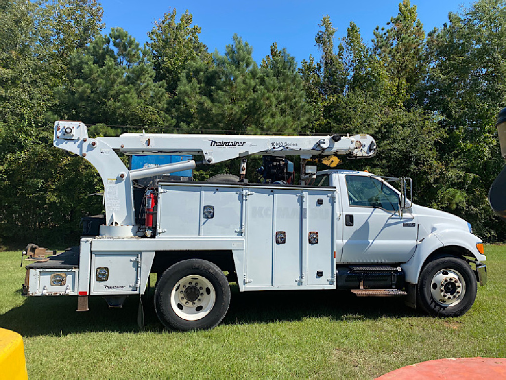 USED 2007 FORD F650 SERVICE - UTILITY TRUCK #4038
