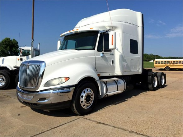 USED 2009 INTERNATIONAL PROSTAR PREMIUM SLEEPER TRUCK #1555
