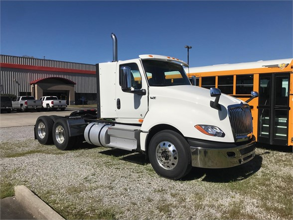 NEW 2020 INTERNATIONAL LT DAYCAB TRUCK #1689
