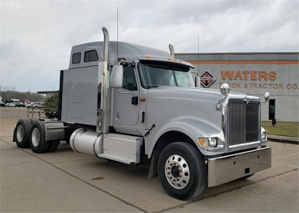 USED 2015 INTERNATIONAL 9900I SLEEPER TRUCK #1701