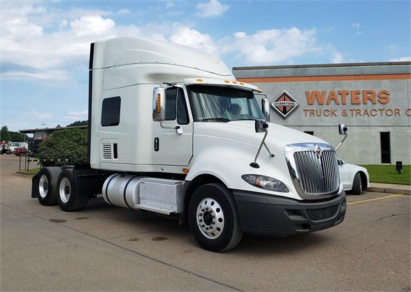 USED 2016 INTERNATIONAL PROSTAR+ SLEEPER TRUCK #1756