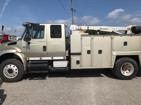 USED 2006 INTERNATIONAL 4400 SERVICE - UTILITY TRUCK #1761