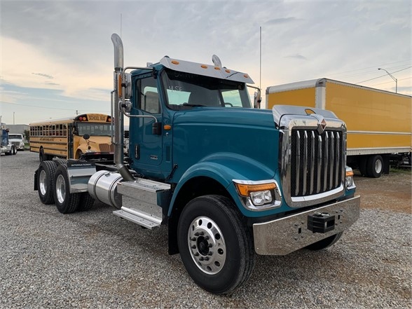 NEW 2020 INTERNATIONAL HX DAYCAB TRUCK #1827