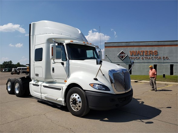 USED 2015 INTERNATIONAL PROSTAR+ SLEEPER TRUCK #1835