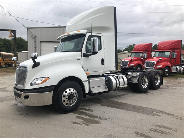 NEW 2020 INTERNATIONAL LT DAYCAB TRUCK #2101