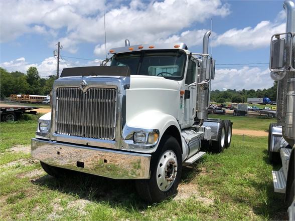 USED 2006 INTERNATIONAL 9900 DAYCAB TRUCK #2164