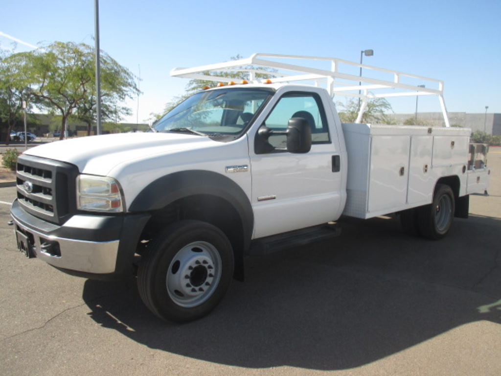 USED 2006 FORD F550 SERVICE - UTILITY TRUCK #2303