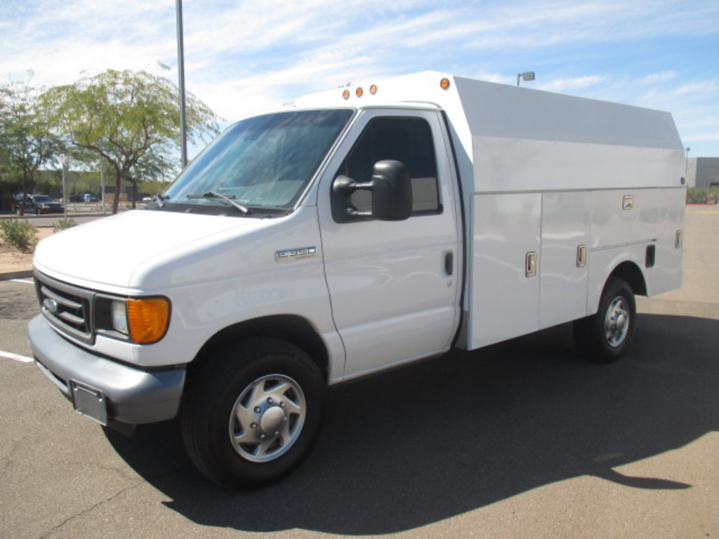 USED 2007 FORD E350 SERVICE - UTILITY TRUCK #2312