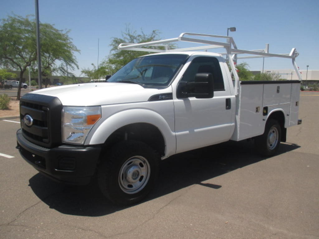 USED 2011 FORD F350 SRW SERVICE - UTILITY TRUCK #2349