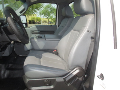USED 2013 FORD F250 SERVICE - UTILITY TRUCK #2360-15