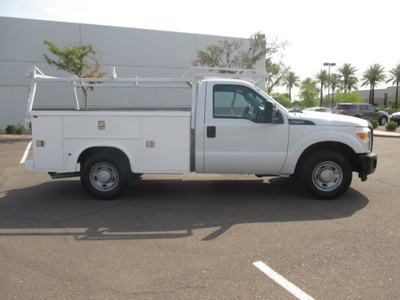 USED 2013 FORD F250 SERVICE - UTILITY TRUCK #2360-4