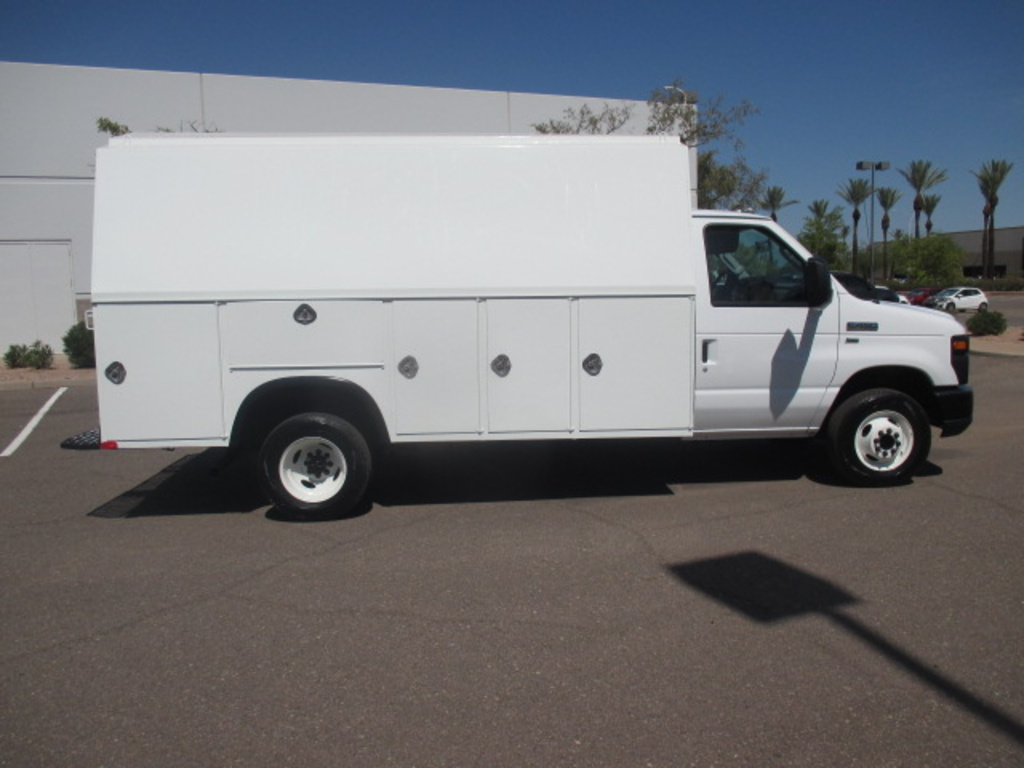 Truck Bed Cargo Net >> USED 2011 FORD E450 SERVICE - UTILITY TRUCK FOR SALE IN AZ #2366