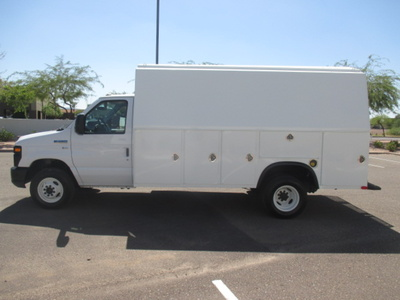 USED 2011 FORD E450 SERVICE - UTILITY TRUCK #2366-7