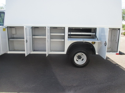 USED 2011 FORD E450 SERVICE - UTILITY TRUCK #2366-8