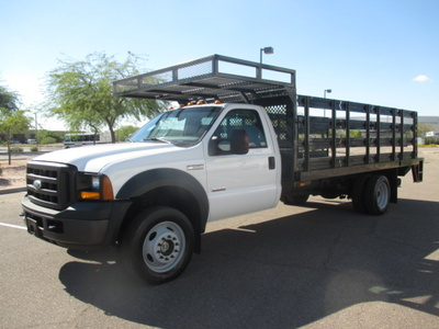 USED 2007 FORD F550 STAKE BODY TRUCK #2378-1