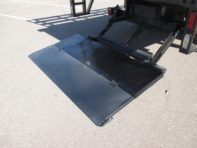 USED 2007 FORD F550 STAKE BODY TRUCK #2378-7