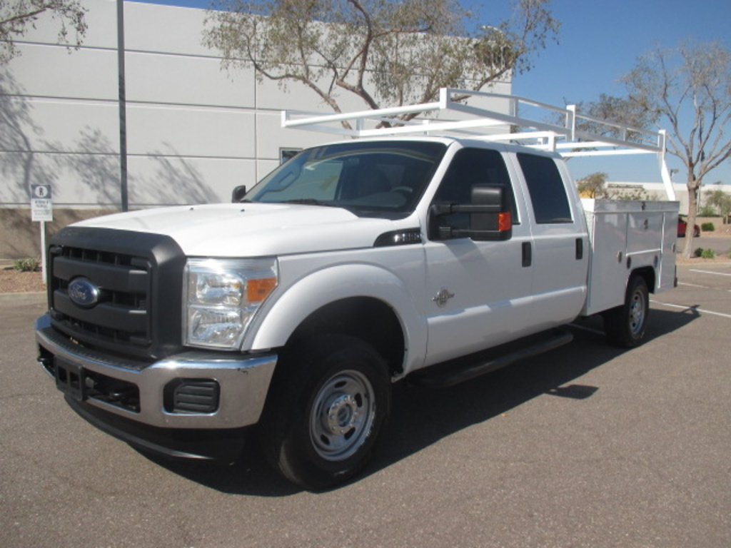 USED 2014 FORD F250 SERVICE - UTILITY TRUCK #2411