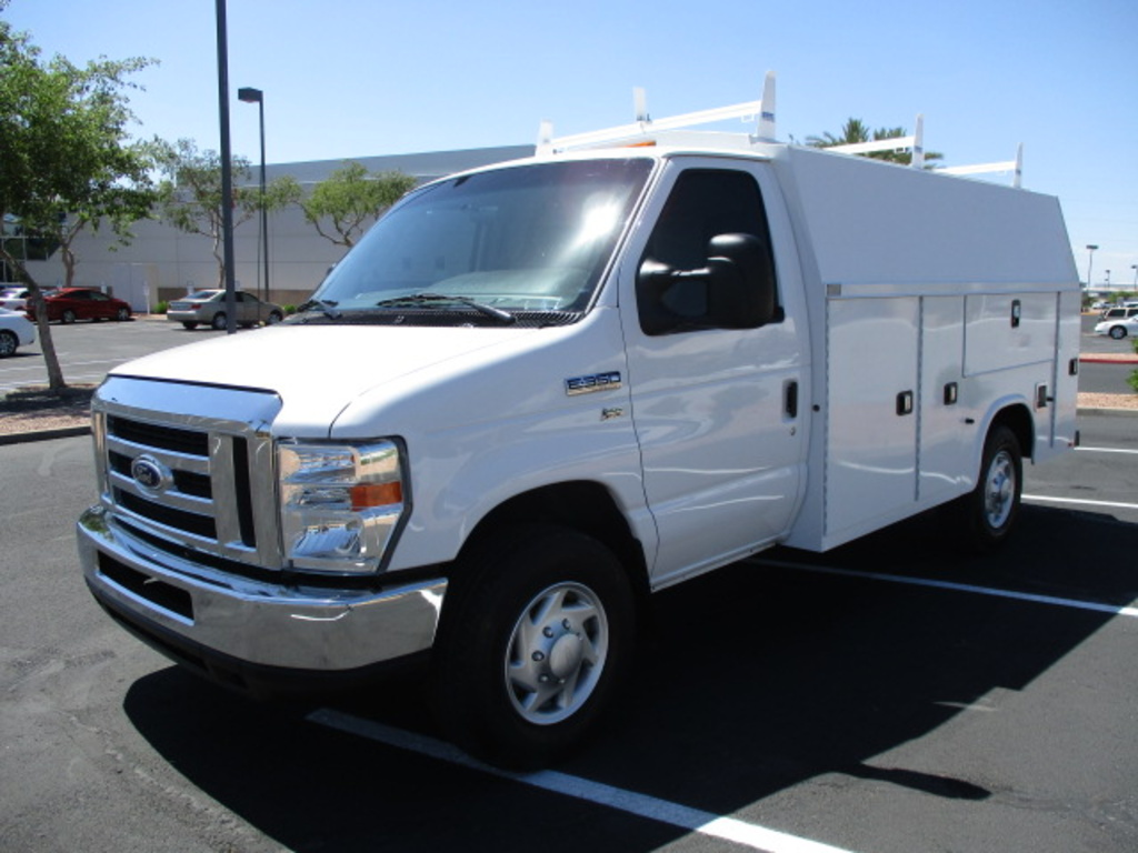 USED 2016 FORD E350 SERVICE - UTILITY TRUCK #2444