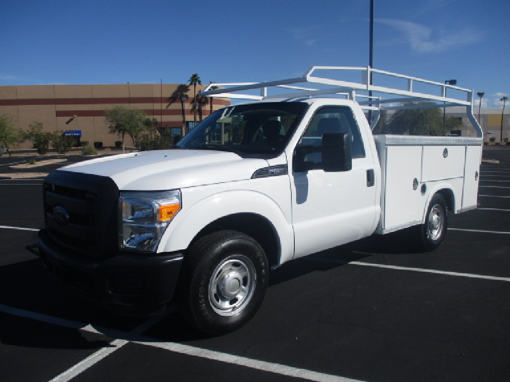 USED 2013 FORD F250 SERVICE - UTILITY TRUCK #2489