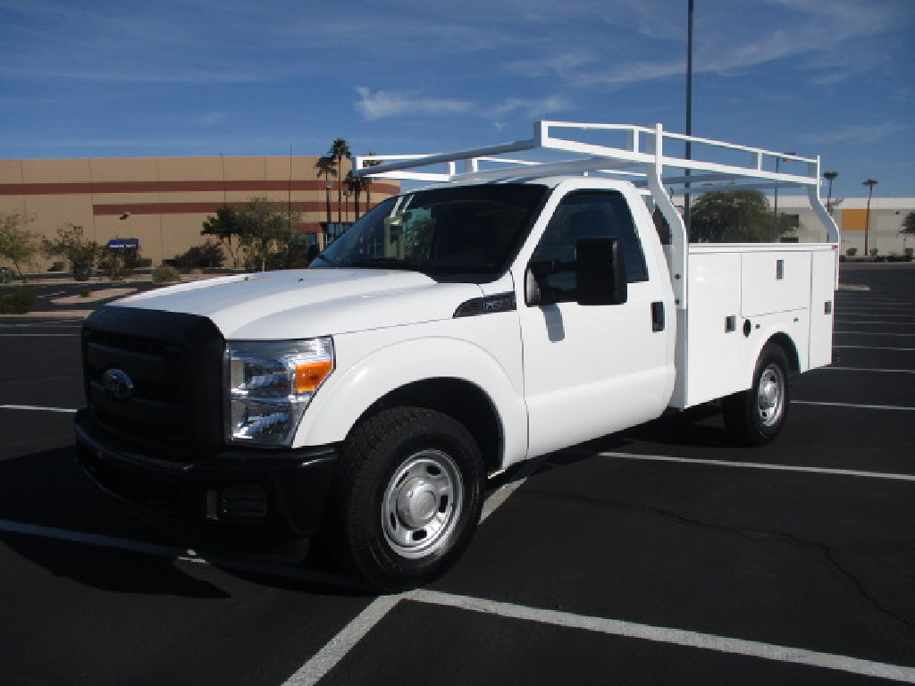 USED 2012 FORD F250 SERVICE - UTILITY TRUCK #2504