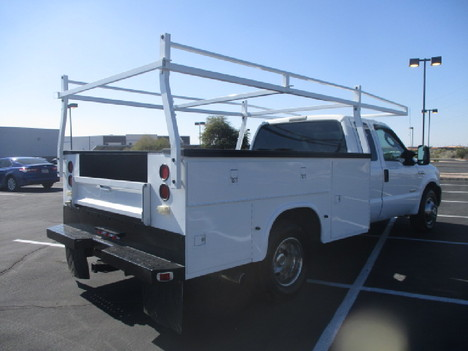 USED 2006 FORD F350 SERVICE - UTILITY TRUCK #2523-5