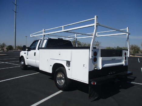 USED 2006 FORD F350 SERVICE - UTILITY TRUCK #2523-7