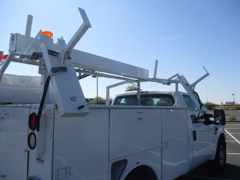 USED 2008 FORD F350 SERVICE - UTILITY TRUCK #2526-14