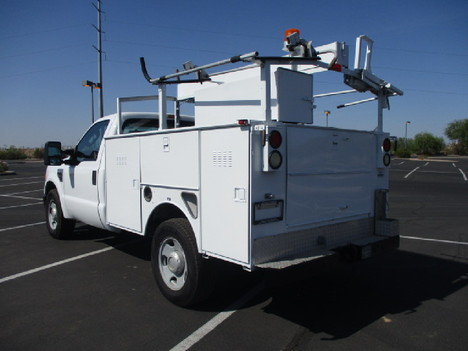 USED 2008 FORD F350 SERVICE - UTILITY TRUCK #2526-7
