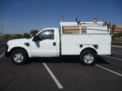 USED 2008 FORD F350 SERVICE - UTILITY TRUCK #2526-8